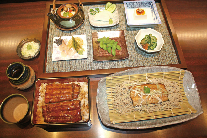 蕎麦と鰻のまさに最強コンビが味わえるSoba (Japanese noodles) and Unagi(eel), a restaurant where you can taste typical Japanese cuisine.
