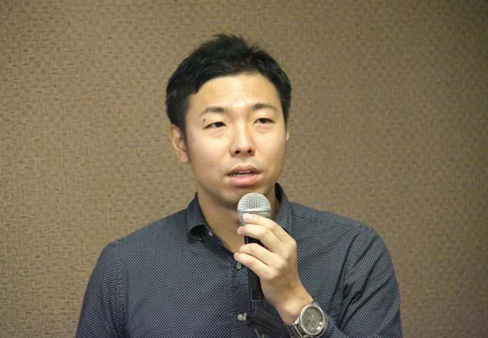 転機について学びの大切さを説いた中澤氏Mr. Nakazawa was talking about the importance of learning about job hunting.