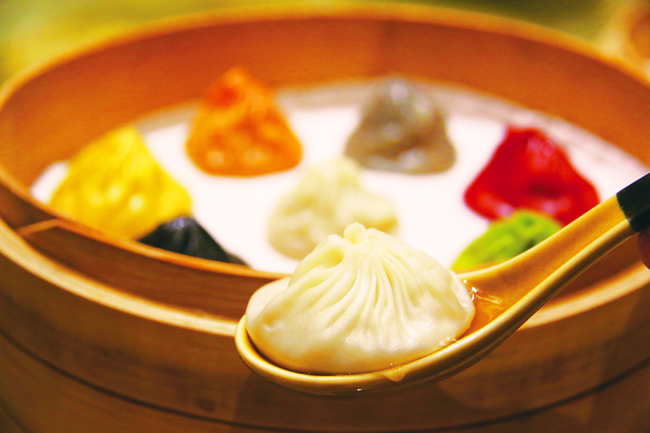 Specialty Dynasty Xiao Long Bao - 8 Flavours Paradise Dynasty Legend of Xiao Long Bao at The Podium Photo by: Sumireko Tomita
