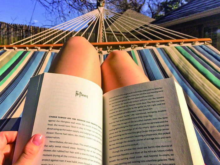 reading_hammock_relax_female_summer_woman_book_person-555651 (1)